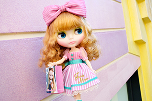 Junie_Moonie_Cutie_img01_web_1